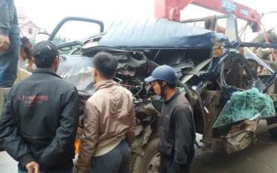 Rất may 2 tài xế chỉ bị thương nhẹ sau vụ tai nạn giao thông