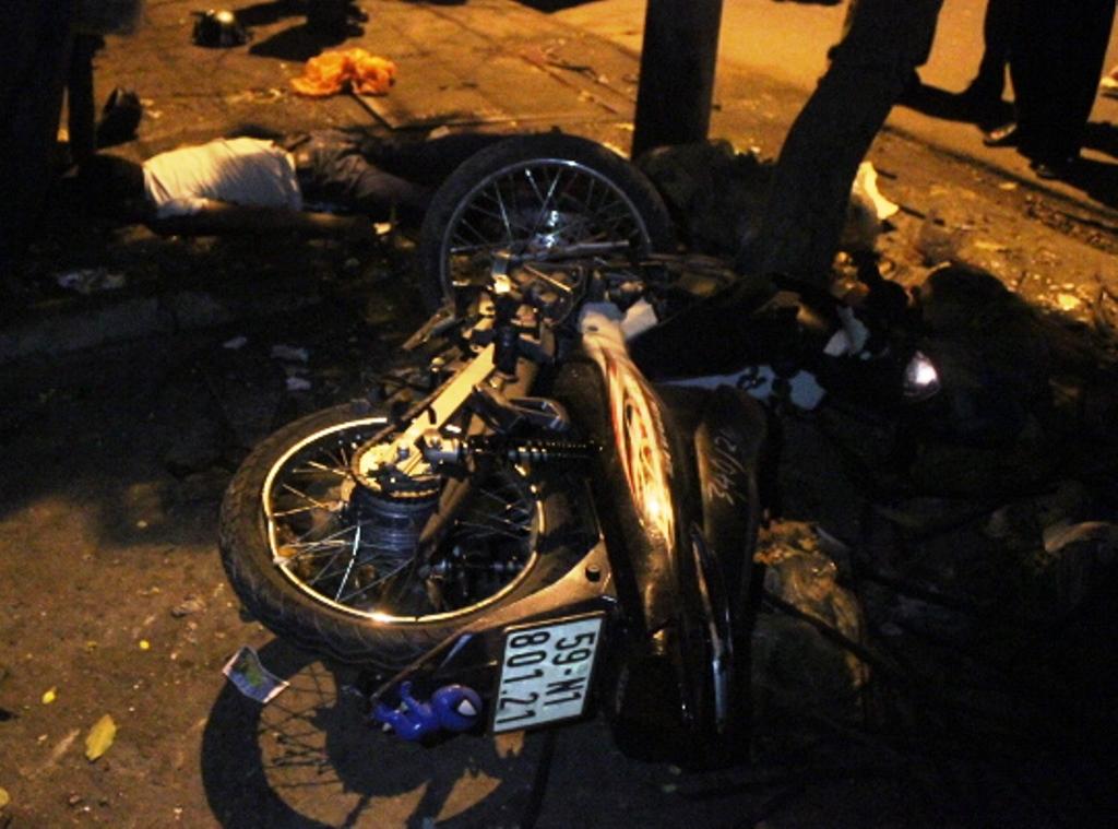 Hiện trường vụ tai nạn giao thông chết người ở quận Bình Tân, TPHCM
