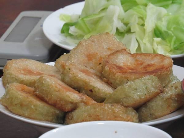 """Là món ăn truyền thống nhưng thường rơi vào tình trạng """"ế"""" nhất là bánh chưng"""
