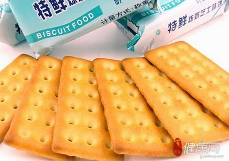 An toàn thực phẩm Trung Quốc tiếp tục nhức nhối khi sản phẩm bánh quy Đài Loan bị phát hiện có lẫn dây chun