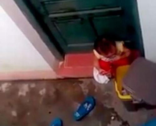 Hiện trường vụ bảo mẫu bị tố nhốt trẻ, để trẻ ăn rác