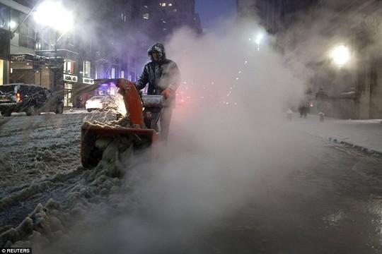 Chính quyền địa phương đã ra lệnh cấm những chiếc xe không khẩn cấp đi vào thành phố New York sau 23 giờ (theo giờ địa phương)