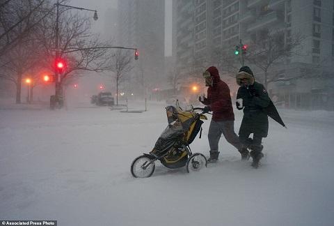 Bão tuyết tại Mỹ: 17 người thiệt mạng, cả nghìn người 'lao đao'