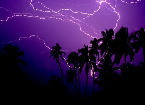 Thời tiết cực đoan và yếu tố có thể tránh được để không tạo ra các tai nạn máy bay rơi