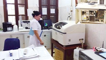 Bệnh viện Đa Khoa Thường Tín sử dụng máy xét nghiệm không rõ nguồn gốc trong khám chữa bệnh