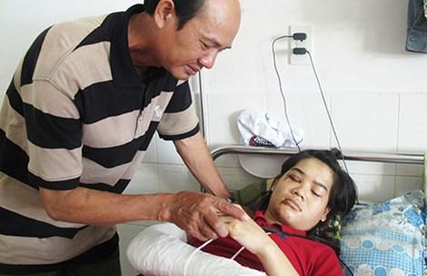Chạy cảnh sát cơ động, nữ sinh bị thương nặng phải nằm viện