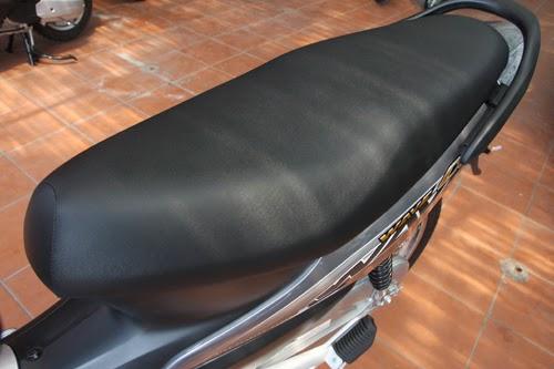 bảo dưỡng yên xe máy