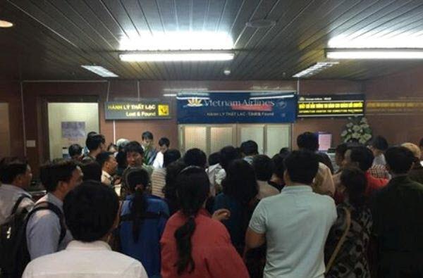 Vietnam Airlines, sân bay Nội Bài, bỏ khách, chuyến bay VN1270, thời tiết xấu