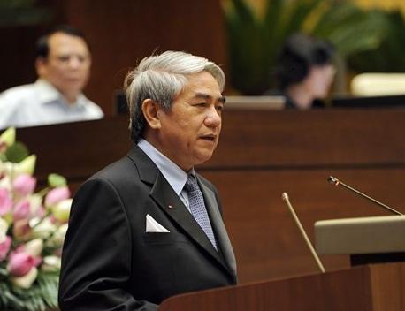 Bộ trưởng Nguyễn Quân trả lời chất vấn đại biểu trước quốc hội