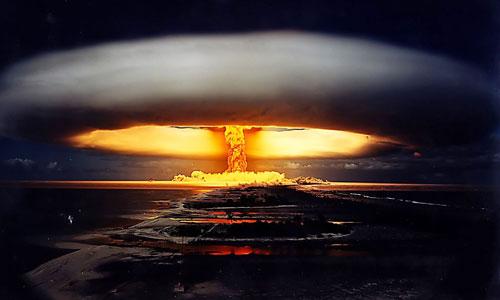 Quang cảnh sau khi bom hạt nhân Tsar Bomba phát nổ