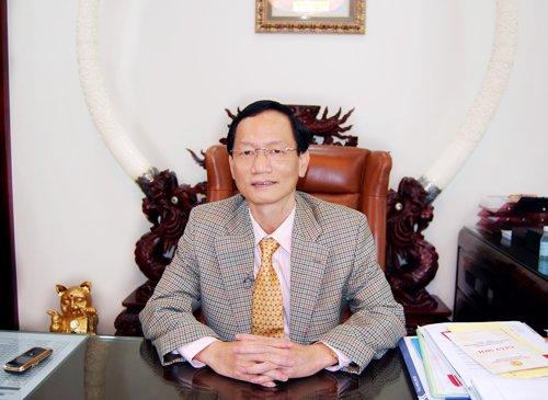 Tỷ phú Vũ Văn Tiền là vị đại gia Việt đặc biệt không siêu xe, hàng hiệu