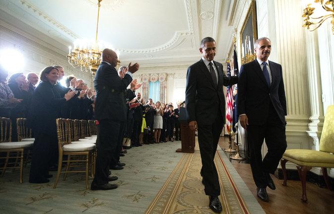 Tổng thống Obama sau khi tuyên bố Bộ trưởng Bộ Tư pháp Eric Holder từ chức