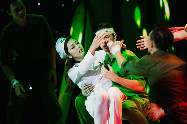 Bước nhảy Hoàn vũ 2016: Hồng Quế bất ngờ 'ẵm' điểm cao