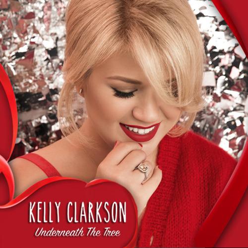 Underneath the Tree là một ca khúc Giáng sinh rất thành công của Kelly Clarkson