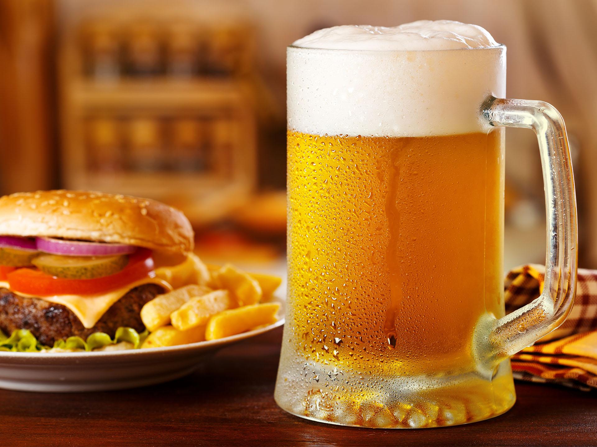 cách chọn bia ngon, chất lượng