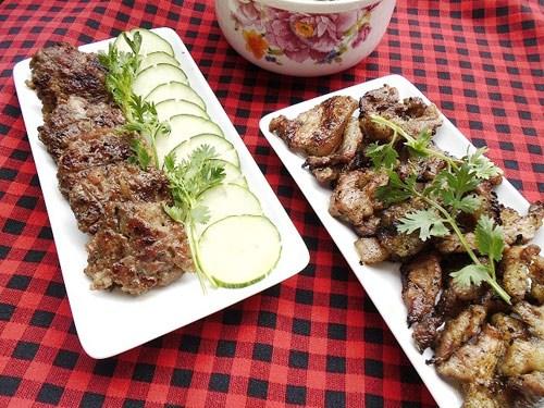 Cách làm bún chả khó ở công đoạn nướng thịt