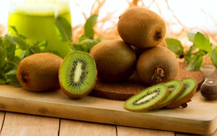 Chọn nguyên liệu là khâu quan trọng trong cách làm mứt kiwi