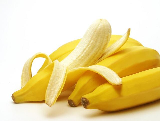 Vitamin D có trong chuối sẽ giúp cho răng chắc khỏe hơn rất nhiều