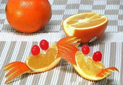 Những chú cua đáng yêu từ quả cam sau khi hoàn thành