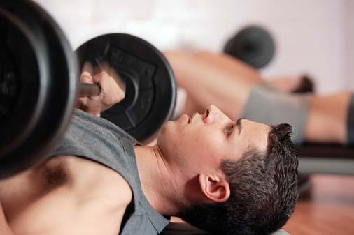 Bằng cách tập thể thao đều đặn, quá trình dưỡng trắng da cho nam sẽ thêm hiệu quả