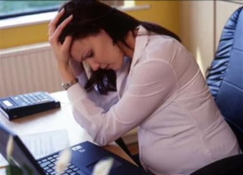 Căng thẳng, stress khi mang bầu ảnh sẽ ảnh hưởng nghiêm trọng tới tính cách và trí tuệ của trẻ sau này