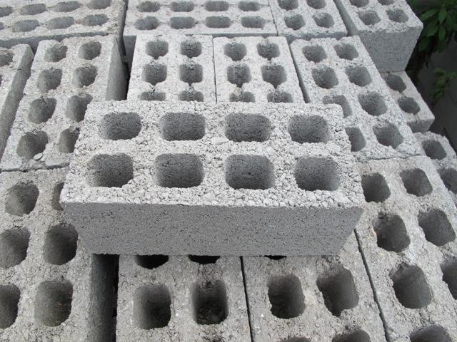 Gạch không nung có nhiều ưu điểm vượt trội hơn gạch nung thông thường