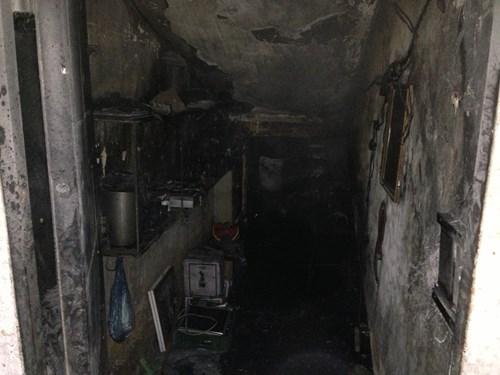 Đám cháy phát ra từ kho chứa đồ tầng 1 khu tập thể A3 Thành Công,