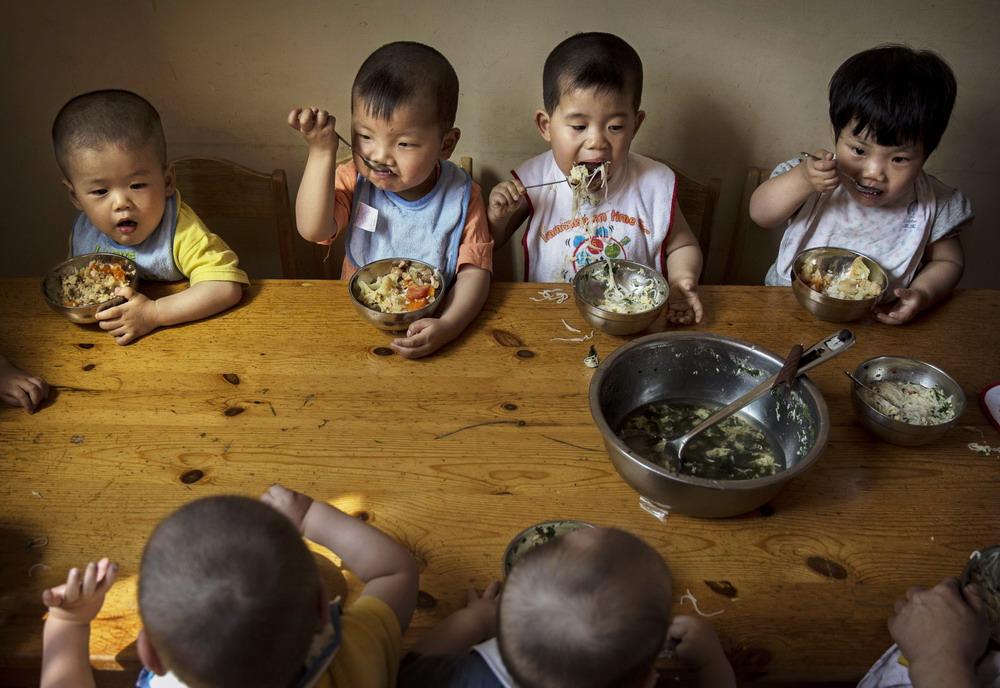 Những hệ lụy khủng khiếp từ chính sách sinh một con của Trung Quốc đã gây ra những tranh cãi gay gắt kéo dài