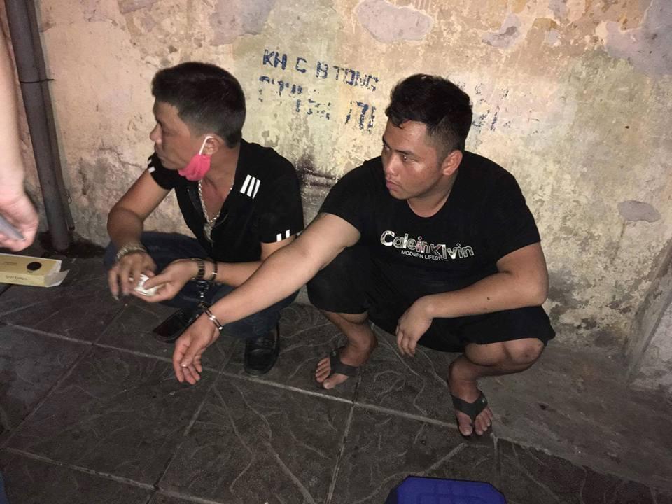 Hai đối tượng bị lực lượng cảnh sát 141 bắt giữ