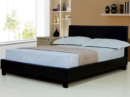 Khi chọn giường ngủ theo phong thủy cần chú ý tới chất liệu và vị trí của đầu giường