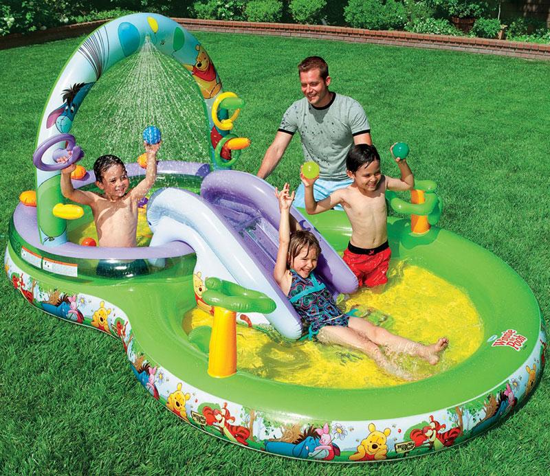 Trên thị trường hiện có rất nhiều loại bể bơi cho trẻ với kiểu dáng, chất liệu, màu sắc, giá cả khác nhau