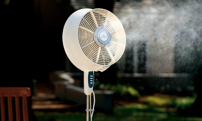 Quạt hơi nước và quạt phun sương có những đặc điểm giống nhau khiến không ít người nhầm lẫn