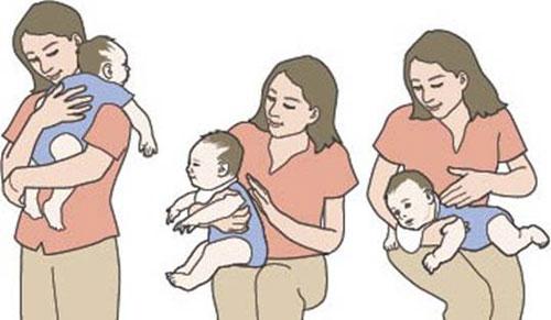 Mẹo chữa nấc cục ở trẻ nhỏ bằng cách cù cho bé cười
