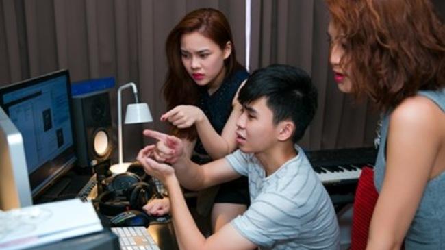 Đội Giang Hồng Ngọc quyết dốc sức trong đêm chung kết The Remix 2015