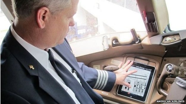 Hãng hàng không American Airlines hoãn chuyến bay do lỗi phần mềm ứng dụng trên Ipad
