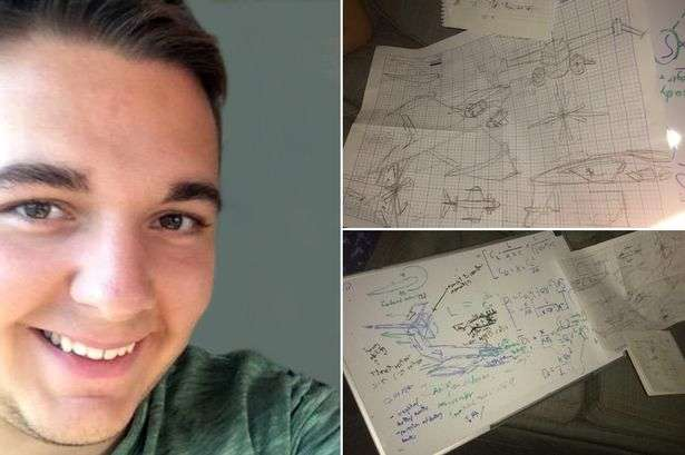 Chuyện lạ xảy ra với chàng sinh viên trong lúc say rượu, Mark có khả năng thiết kế máy bay, điều mà anh chưa bao giờ nghĩ đến