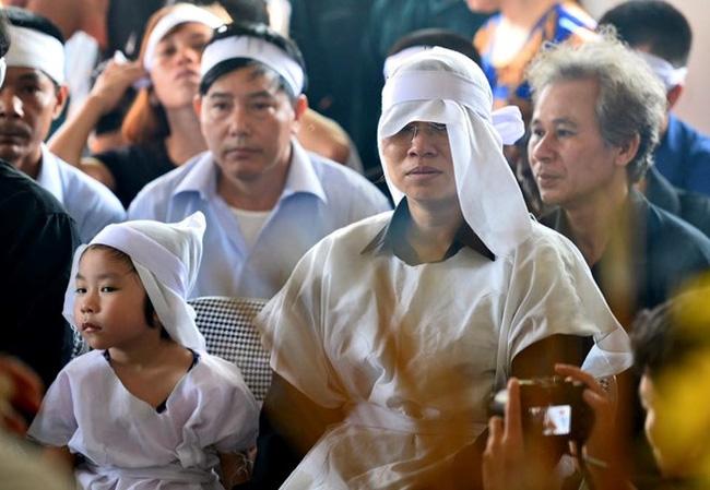 Hiện cô giáo Trần Thị Mỹ Hà đang rất hối hận vì phát ngôn về việc tuyển dụng đặc cách vợ phi công Trần Quang Khải.