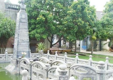 Kiến trúc độc đáo trong khu lăng mộ 3.000 cây vàng