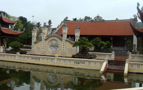 Ngôi nhà thờ trăm tỷ của đại gia Hải Dương
