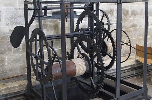 Chiếc máy đồ sộ này lại là một cổ vật độc đáo, là chiếc đồng hồ cơ khí cổ nhất còn hoạt động tới nay