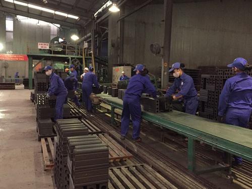 Dây chuyền sản xuất gạch của Nhà máy gạch Tiêu Giao
