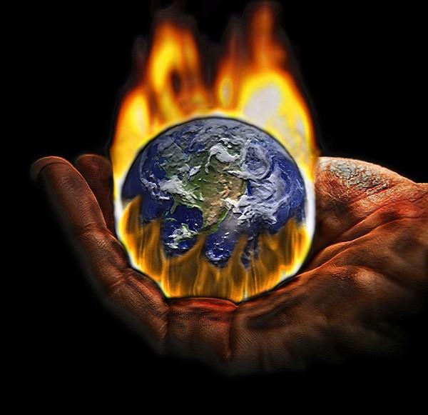 Trái Đất đang bị đe dọa nghiêm trọng. Ảnh minh họa