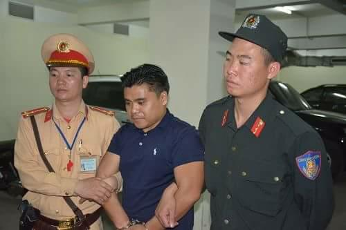 Quảng Ninh: Bắt giữ ô tô BKS Lào vận chuyển 100 bánh heroin ra biên giới tiêu thụ