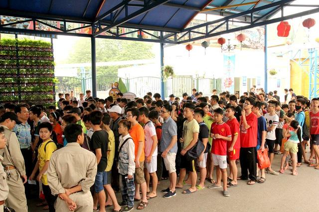 Du lịch Việt Nam, khách Tây yêu, ghét vì…