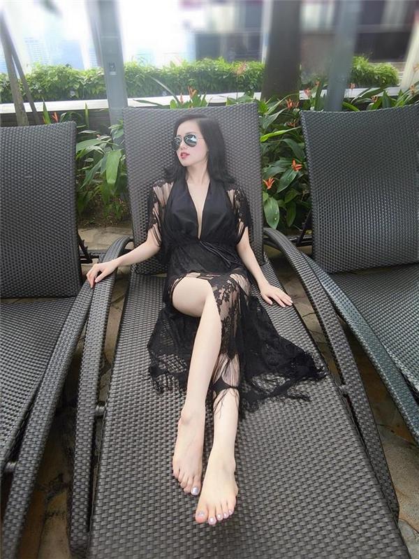 Tâm Tit khoe ảnh nghỉ dưỡng ở siêu khách sạn đắt nhất thế giới