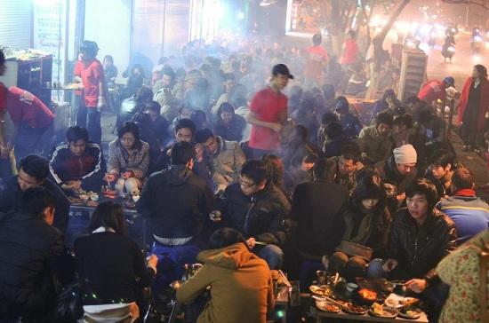 Những địa điểm ăn uống thâu đêm ở Hà Nội, bạn đã biết?