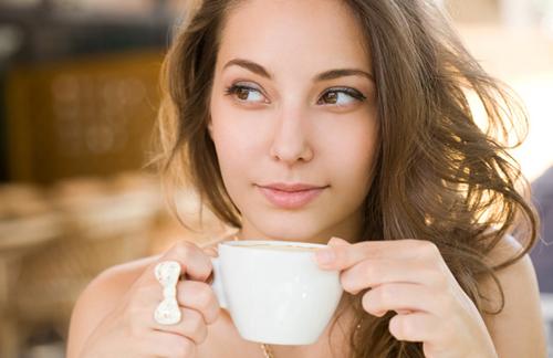 Những thói quen nên tránh buổi sáng nếu không muốn tử vong