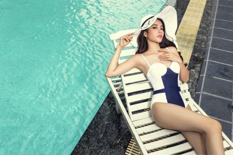 Nam Em và những bộ bikini 'đốt mắt' người xem khi tham dự Miss Earth 2016