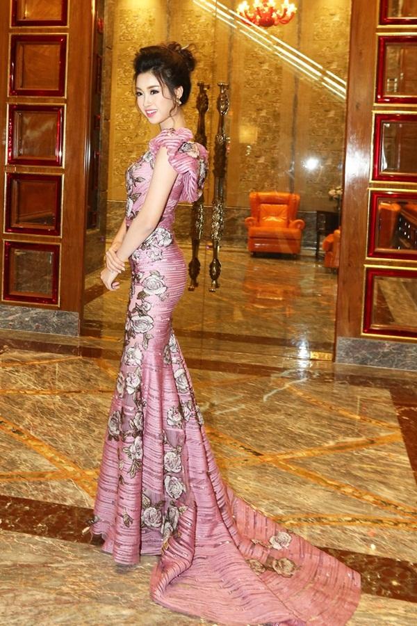 Ngọc Trinh, Chi Pu, Huyền My dẫn đầu top sao Việt mặc đẹp tuần qua