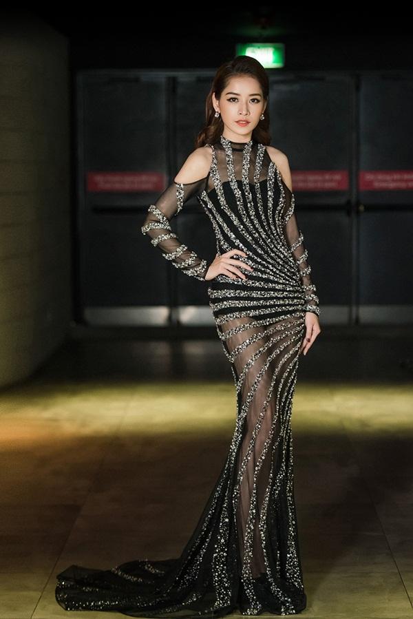 Khánh Ngân, Chi Pu, Huyền My lọt top sao Việt mặc đẹp tuần qua